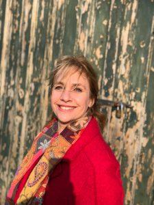 """Thyra Koeleman, Gründerin, Autorin und Trainerin von der Vision """"Das ganze Kind im Bilde"""" und die Methode """"Ervaar het maar"""""""
